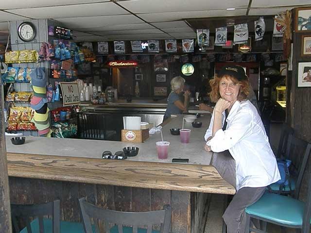 Chloe Tuttle at the Caribbean Club in Key Largo @BigMill   www.chloesblog.bigmill.com/keysy-bars-of-the-florida-keys-part-two