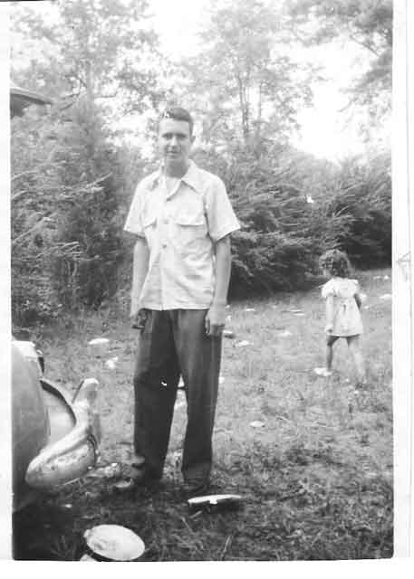 1950 Dinner on the Ground in eastern NC | Chloe & John, Dinner on the Ground, Williamston, NC | https://chloesblog.bigmill.com/church-picnic-in-eastern-north-carolina/
