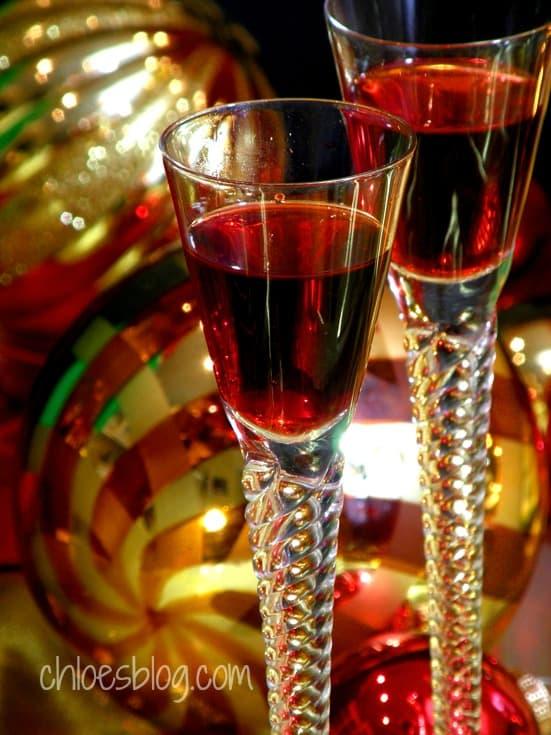 Cranberry Liqueur Recipe from innkeeper at Big Mill B&B | chloesblog.bigmill.com