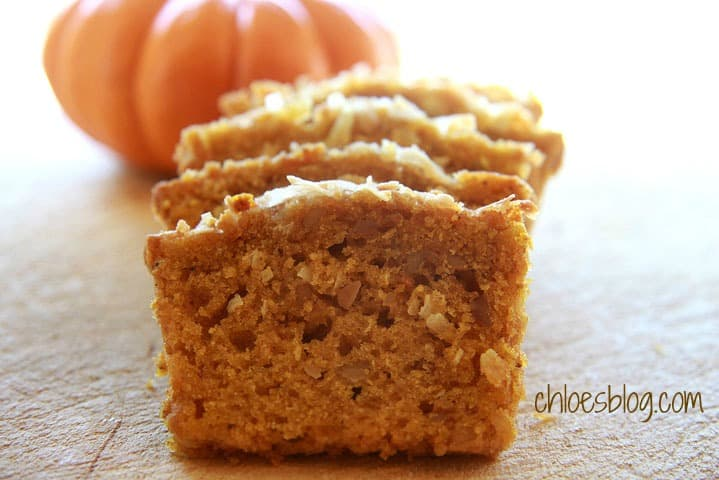 Easy pumpkin bread recipe for holiday gifts | chloesblog.bigmill.com